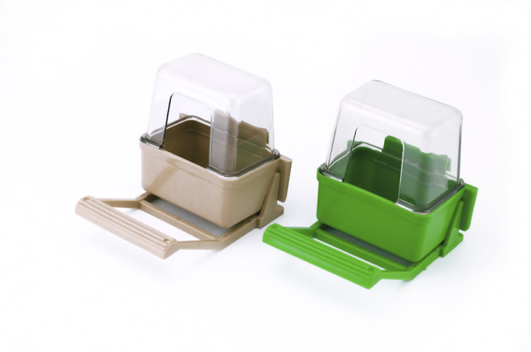 Bird feeder used for food for metal cages, does not spill food